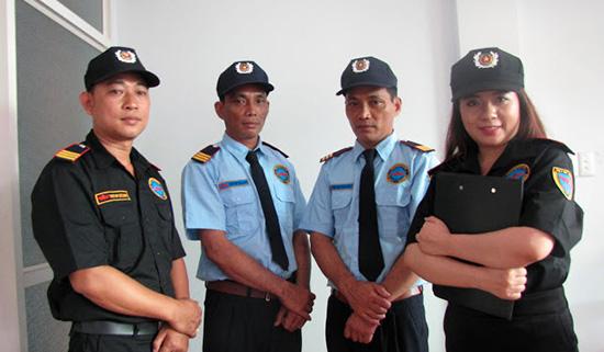 may đồng phục bảo vệ nam nữ chất lượng quận 9